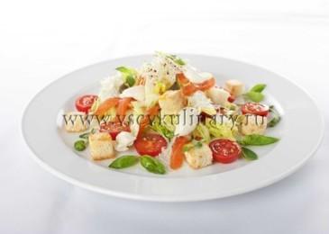 Салат цезарь с курицей классический, простой рецепт