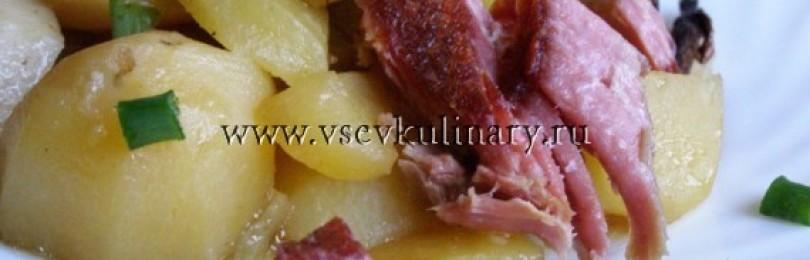 Запекаем картофель с сушеными грибочками и мясом