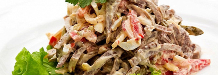 ТОП-3 мясных салата, которые придутся по вкусу каждому