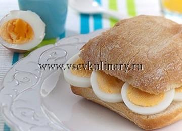 Как сварить яйца без серого слоя на желтке