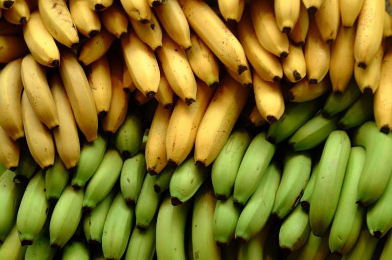 Какие бананы полезнее: спелые или незрелые