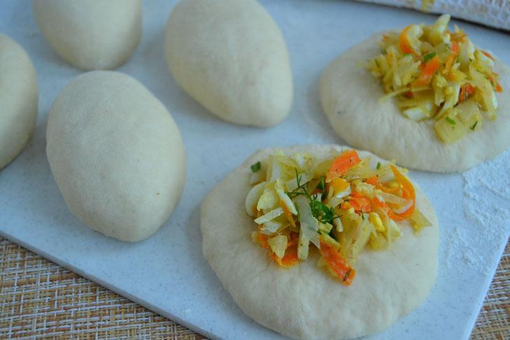 Печеные пирожки с капустой и яйцами - рецепт пошаговый с фото