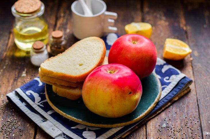 Гренки с тушёными яблоками: рецепт с фото пошагово
